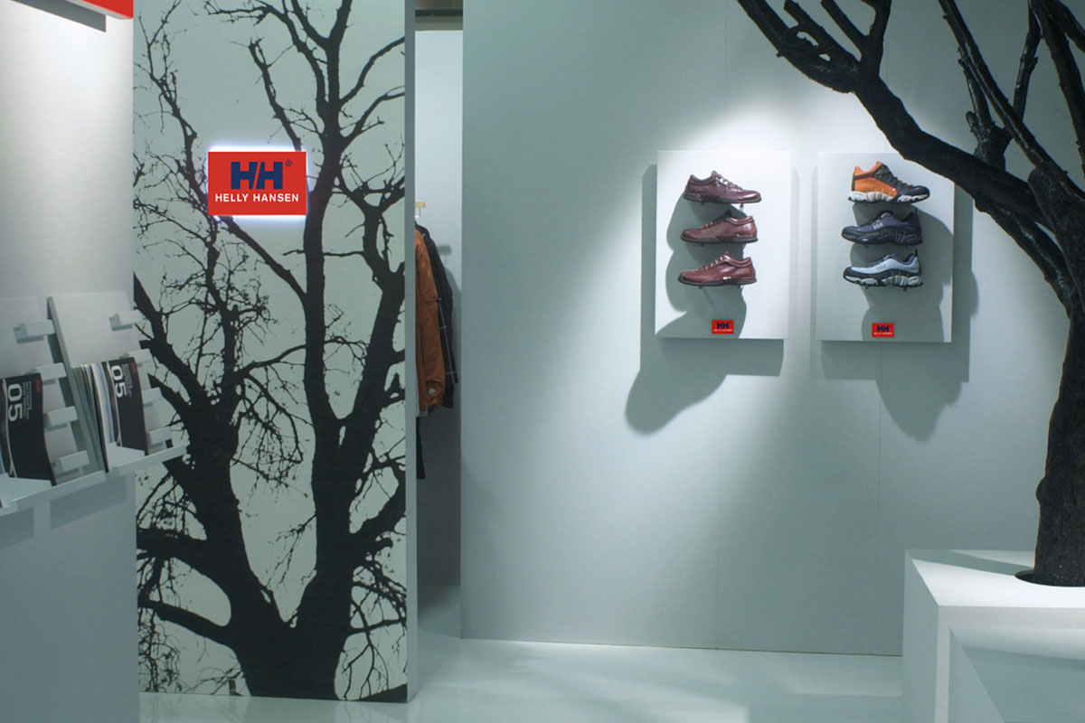 Helly Hansen stand interni Pitti Firenze