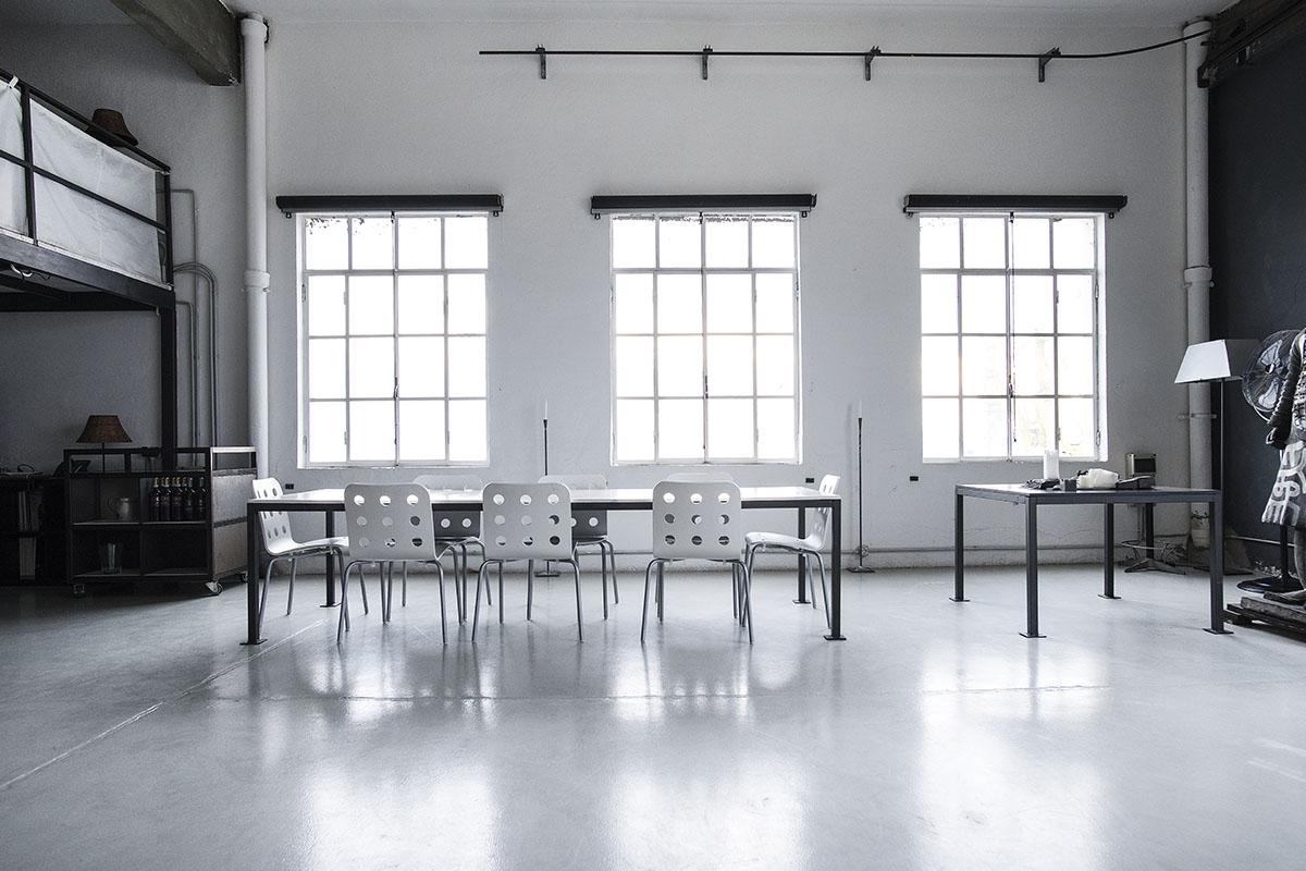 Studio di comunicazione The Docks interni industrial design